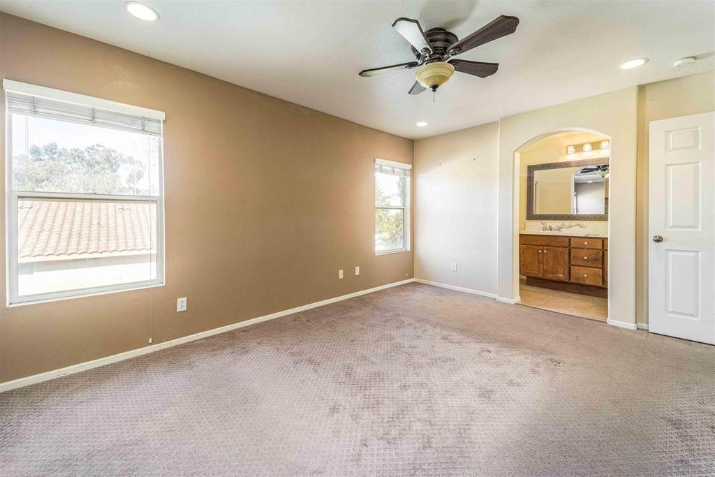 16. Residential for Sale at Pepper Glen Way Chula Vista, California 91914 United States