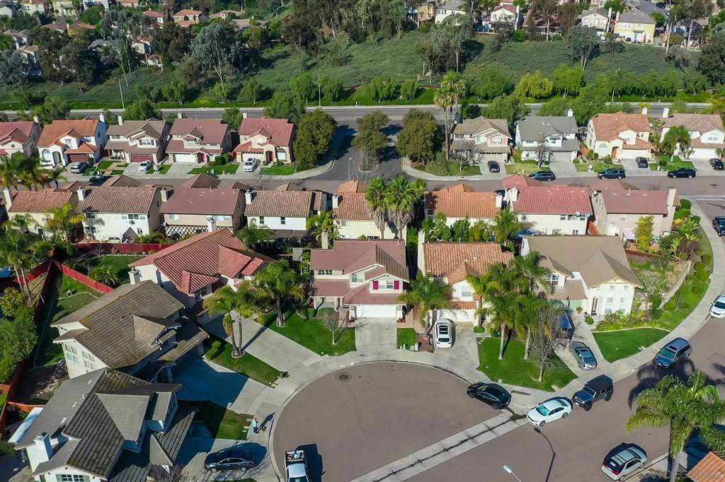 31. Residential for Sale at Pepper Glen Way Chula Vista, California 91914 United States