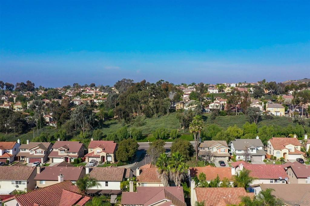 32. Residential for Sale at Pepper Glen Way Chula Vista, California 91914 United States