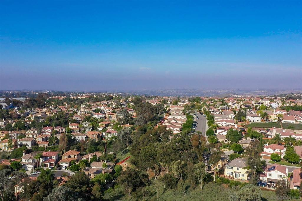 33. Residential for Sale at Pepper Glen Way Chula Vista, California 91914 United States