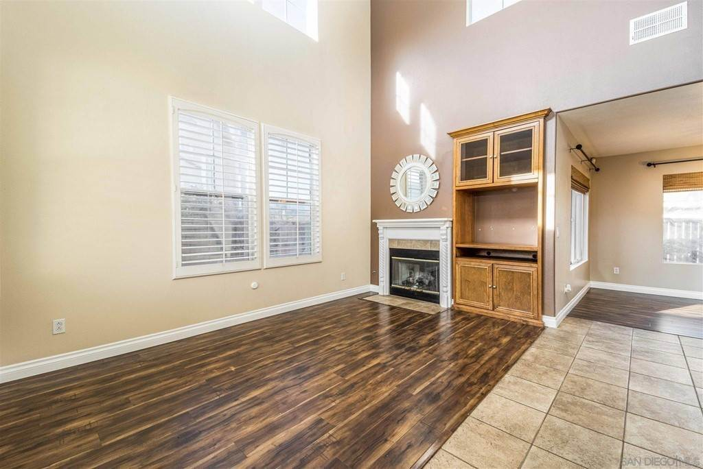 9. Residential for Sale at Pepper Glen Way Chula Vista, California 91914 United States