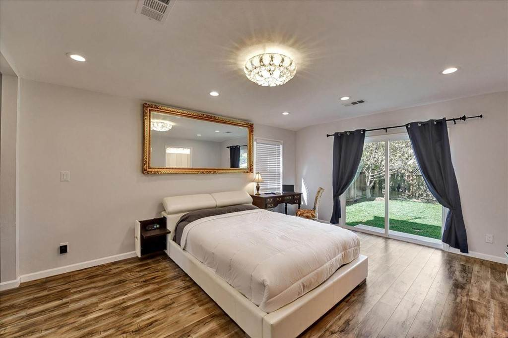 21. Residential for Sale at Harrison Street Santa Clara, California 95050 United States
