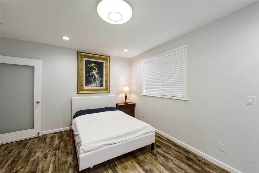 25. Residential for Sale at Harrison Street Santa Clara, California 95050 United States