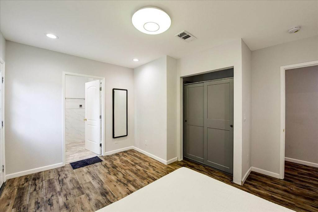 27. Residential for Sale at Harrison Street Santa Clara, California 95050 United States