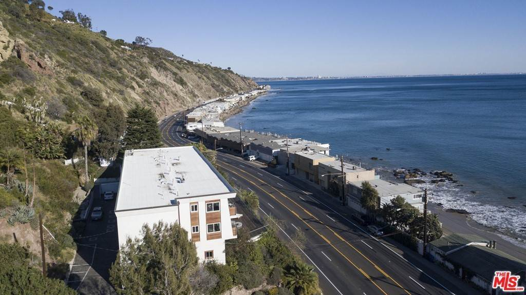 21. Residential Lease at PACIFIC COAST Highway Malibu, California 90265 United States
