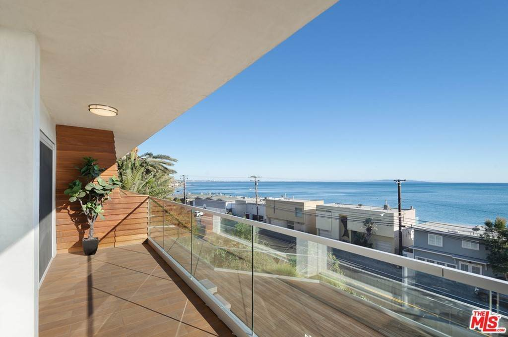 4. Residential Lease at PACIFIC COAST Highway Malibu, California 90265 United States