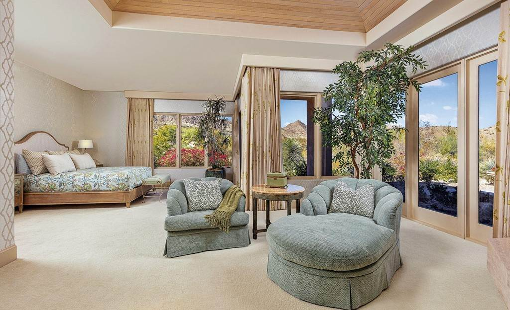 5. Residential for Sale at Wanish Place Palm Desert, California 92260 United States
