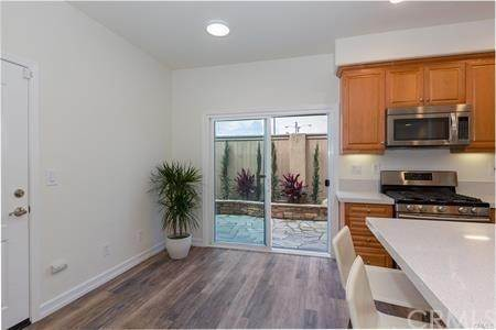 10. Residential for Sale at Cypress Point Avenue Long Beach, California 90808 United States