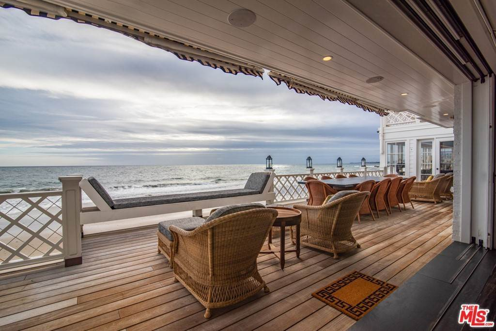 7. Residential for Sale at Pacific Coast Highway Malibu, California 90265 United States