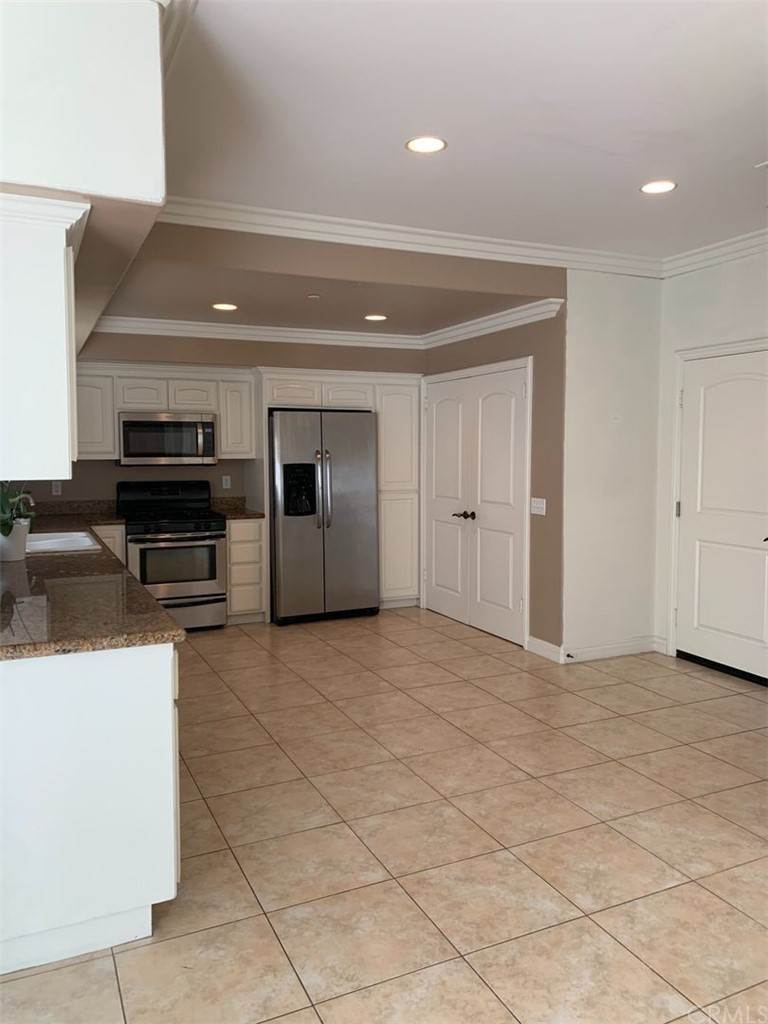 2. Residential Lease at Avenida Florencia San Clemente, California 92672 United States