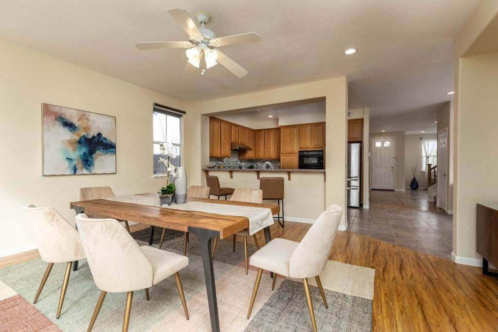 13. Residential for Sale at Dutch Elm Drive Hercules, California 94547 United States