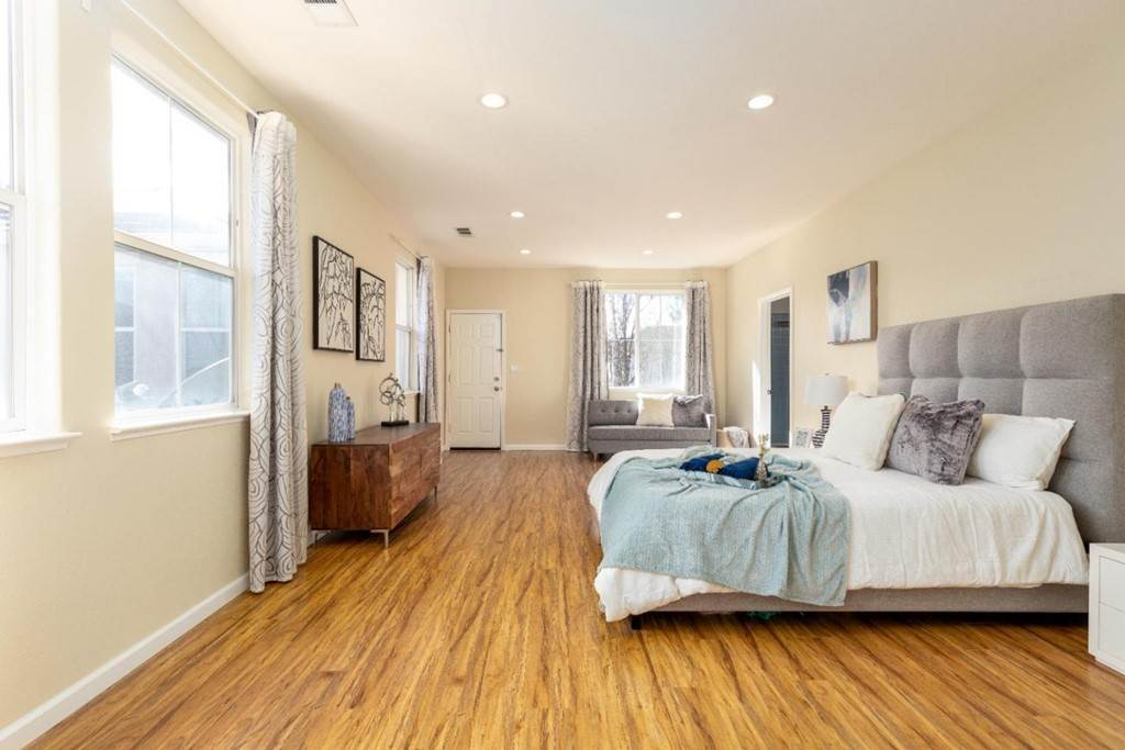 17. Residential for Sale at Dutch Elm Drive Hercules, California 94547 United States
