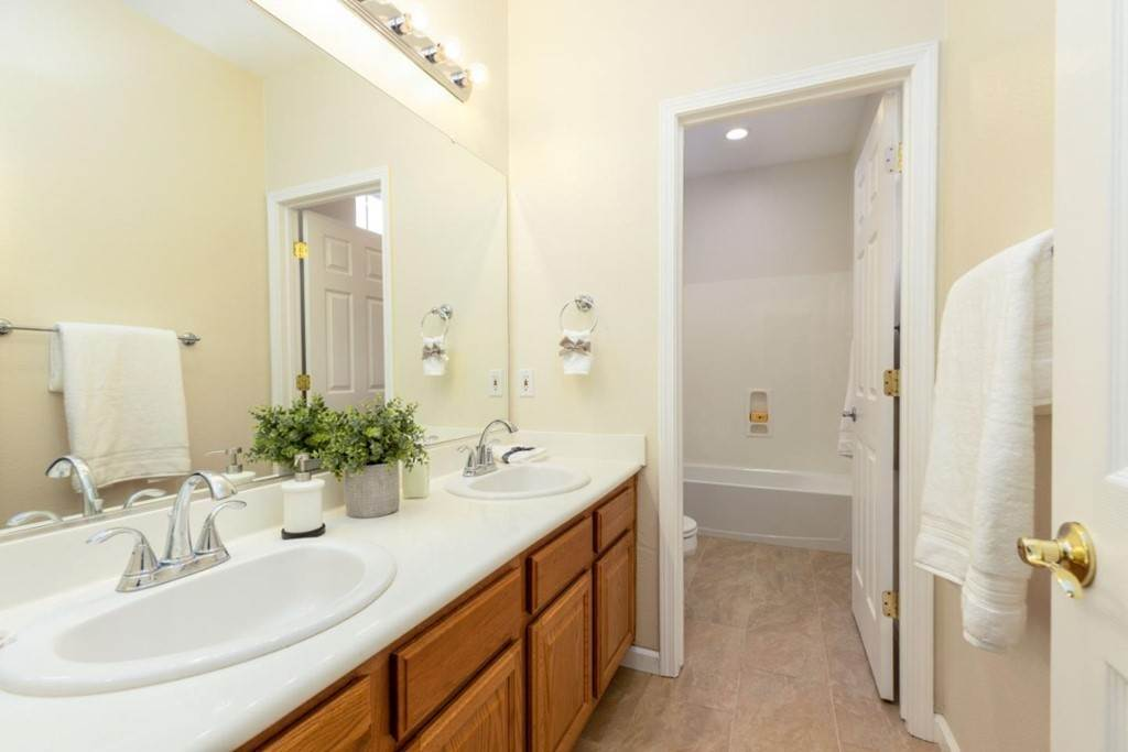 23. Residential for Sale at Dutch Elm Drive Hercules, California 94547 United States