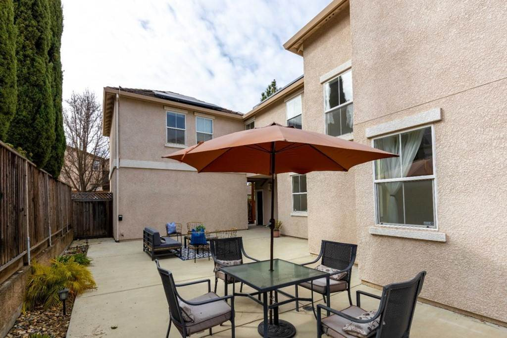 30. Residential for Sale at Dutch Elm Drive Hercules, California 94547 United States