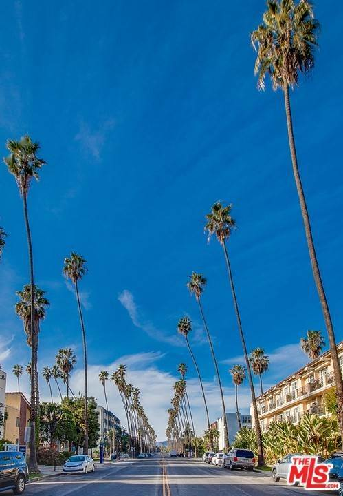 26. Residential for Sale at 4Th Street Santa Monica, California 90403 United States