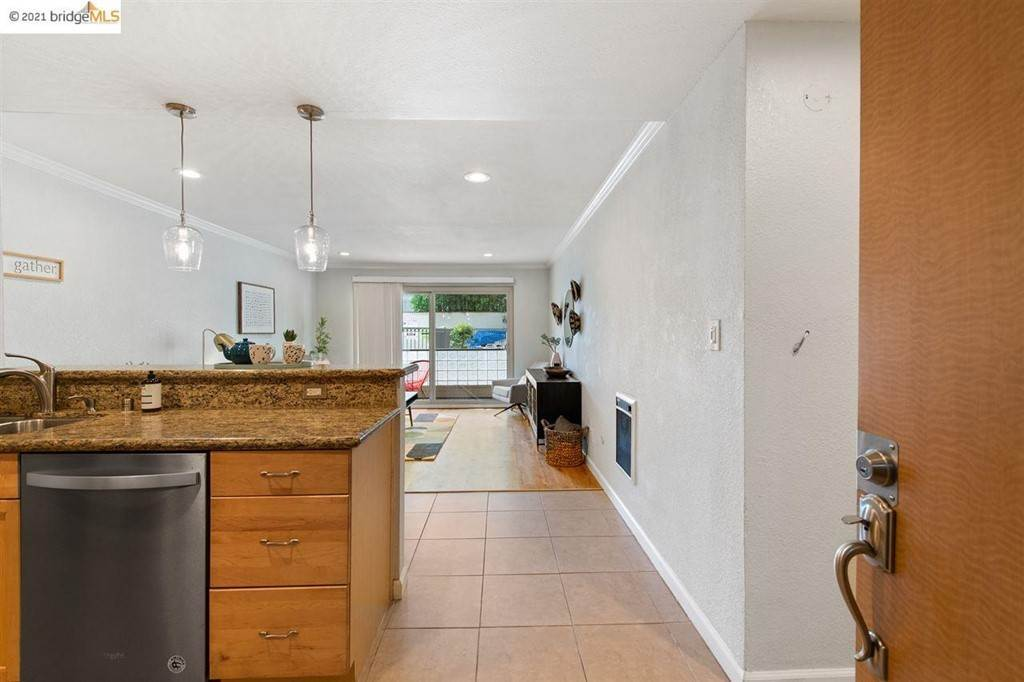 6. Residential for Sale at Fairmount Avenue Oakland, California 94611 United States