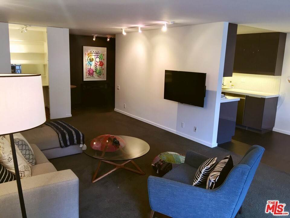 10. Residential Lease at N Kings Road West Hollywood, California 90069 United States
