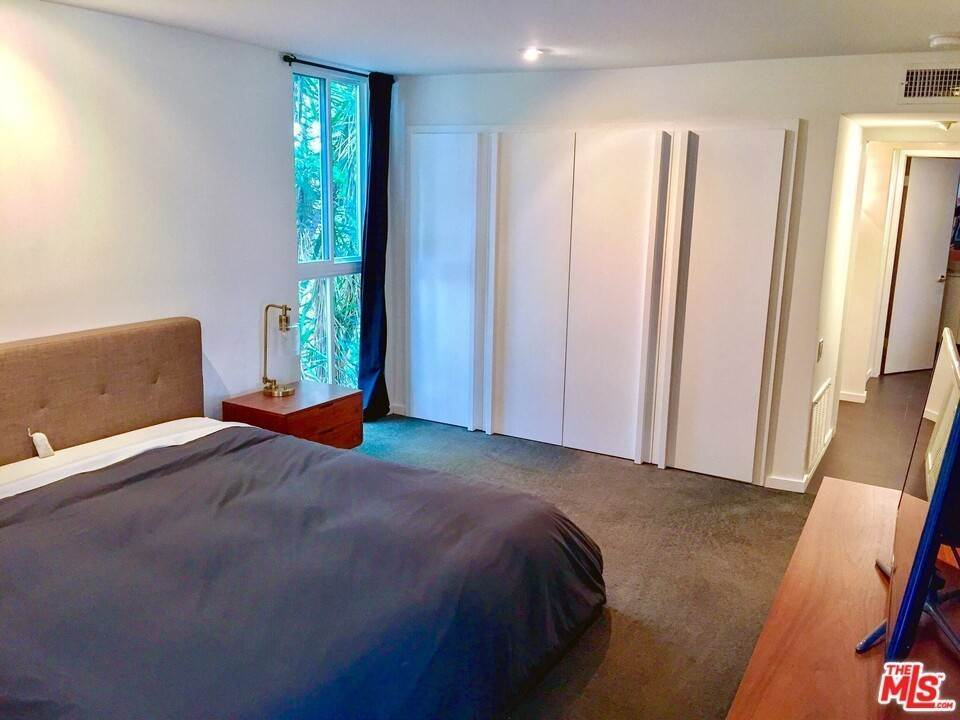 16. Residential Lease at N Kings Road West Hollywood, California 90069 United States