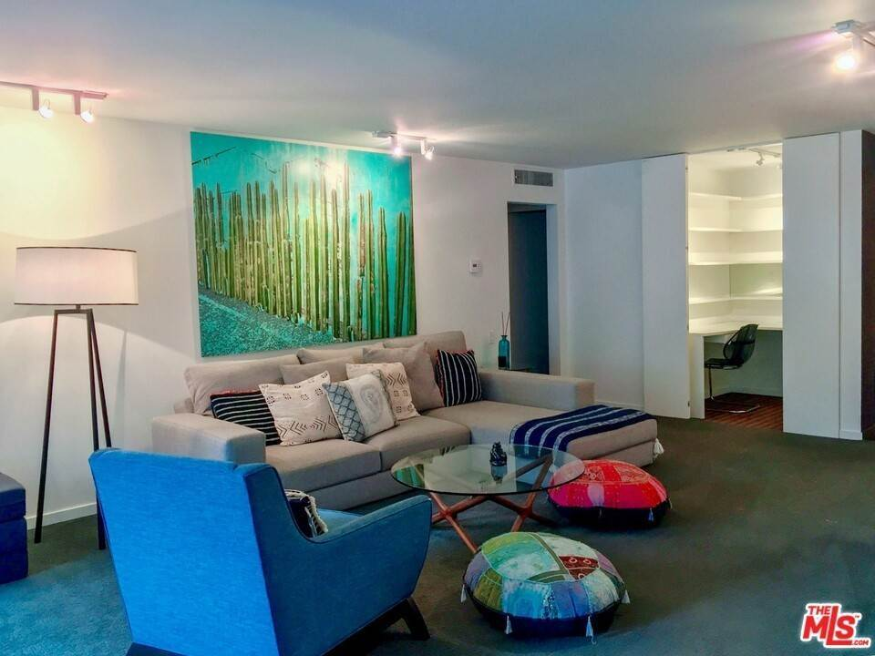 2. Residential Lease at N Kings Road West Hollywood, California 90069 United States