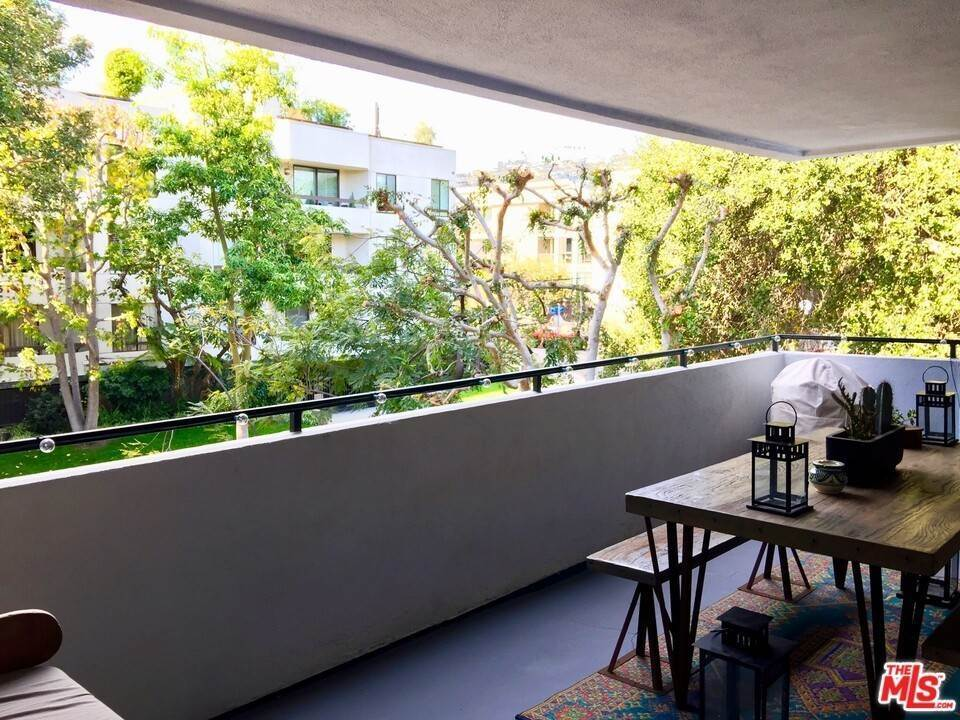 7. Residential Lease at N Kings Road West Hollywood, California 90069 United States