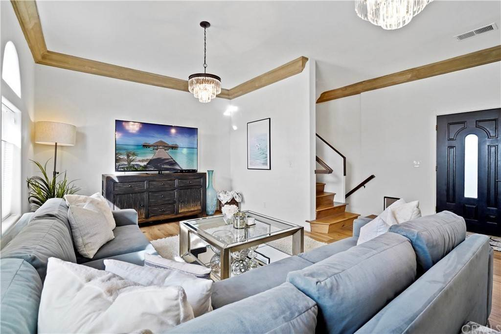 2. Residential for Sale at Rosecrans Avenue Manhattan Beach, California 90266 United States