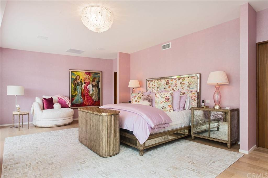 33. Residential for Sale at W Century Drive Los Angeles, California 90067 United States