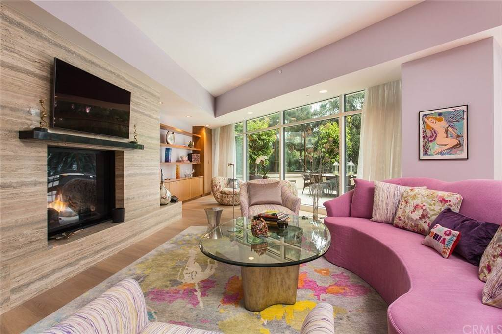 4. Residential for Sale at W Century Drive Los Angeles, California 90067 United States