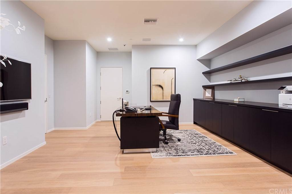 43. Residential for Sale at W Century Drive Los Angeles, California 90067 United States