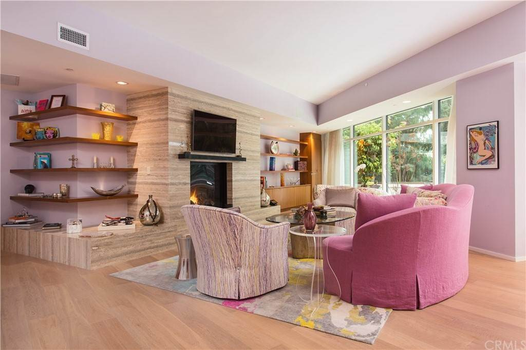 5. Residential for Sale at W Century Drive Los Angeles, California 90067 United States