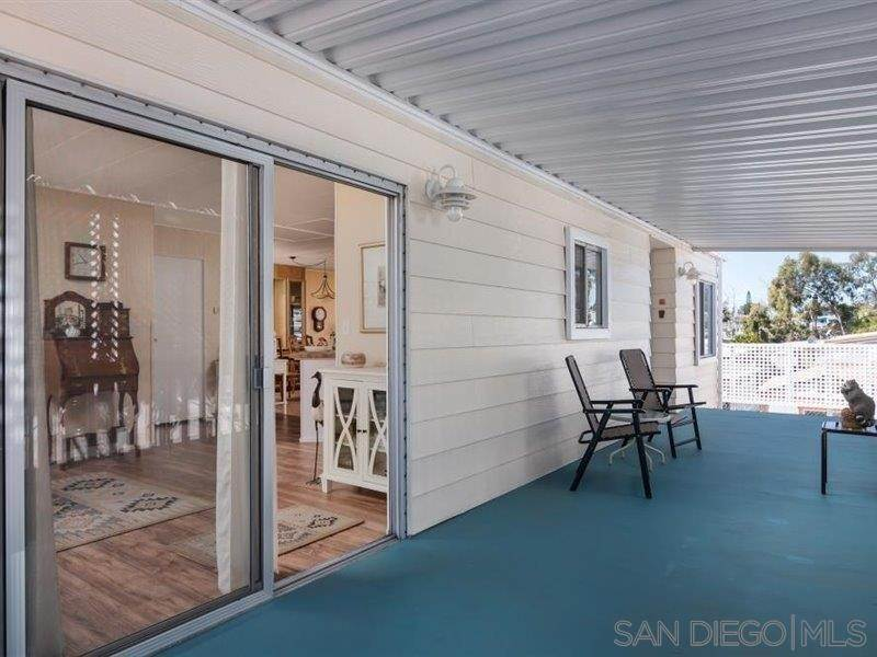 6. Residential for Sale at Horizon Oceanside, California 92056 United States