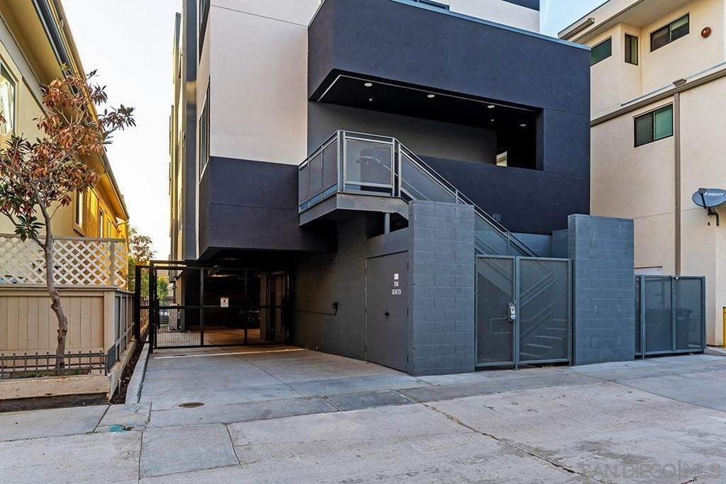23. Residential Lease at 1st Avenue San Diego, California 92103 United States