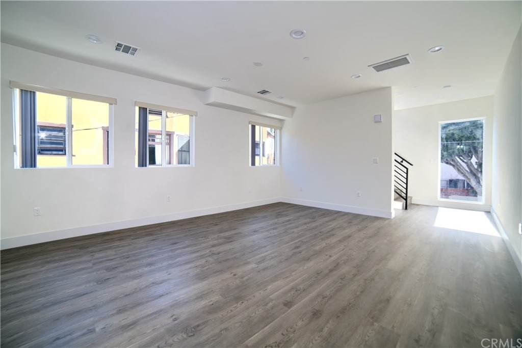 11. Residential Lease at W 12th Street Los Angeles, California 90015 United States