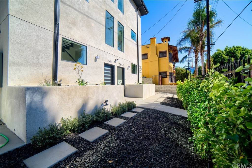 3. Residential Lease at W 12th Street Los Angeles, California 90015 United States