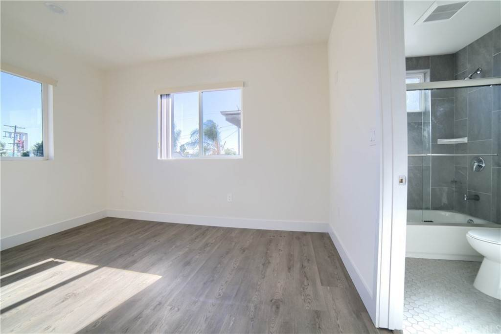 6. Residential Lease at W 12th Street Los Angeles, California 90015 United States
