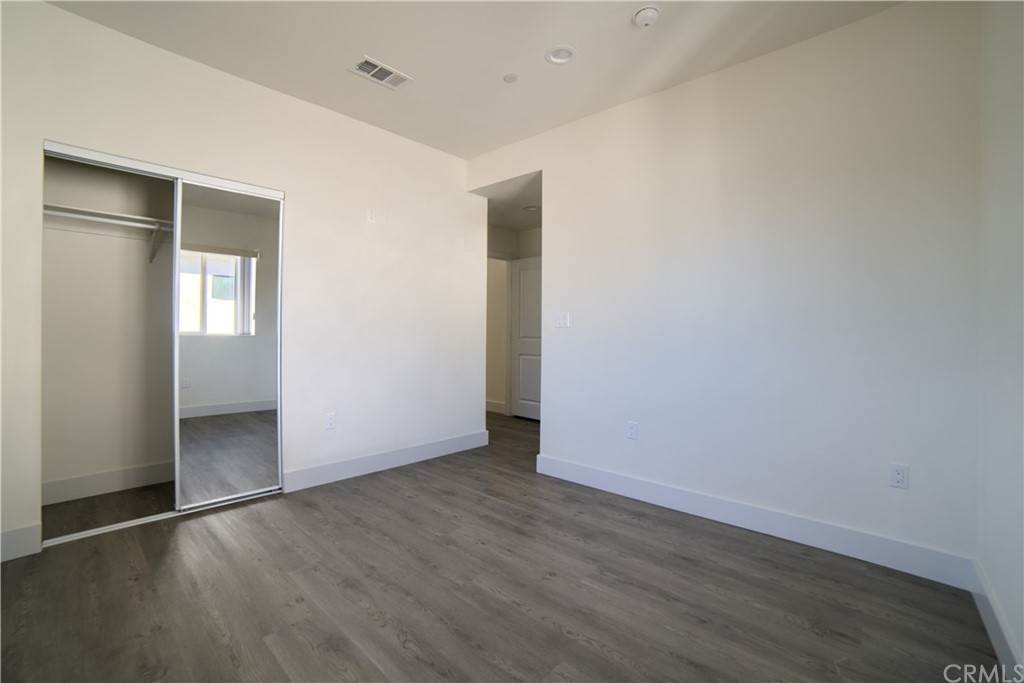 7. Residential Lease at W 12th Street Los Angeles, California 90015 United States