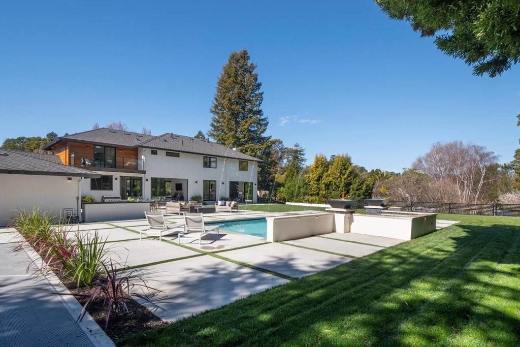 42. Residential for Sale at Crystal Drive Hillsborough, California 94010 United States