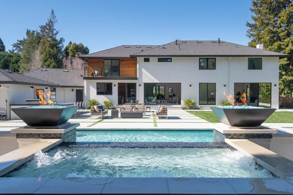 48. Residential for Sale at Crystal Drive Hillsborough, California 94010 United States