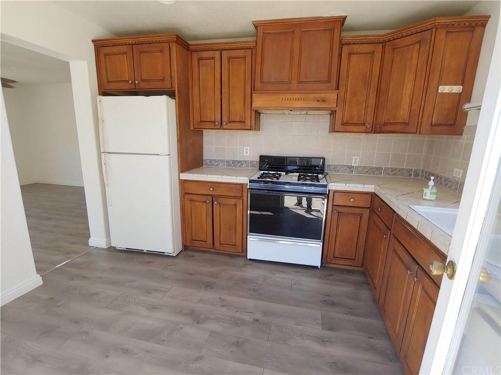 11. Residential for Sale at 3rd Street E Lancaster, California 93535 United States