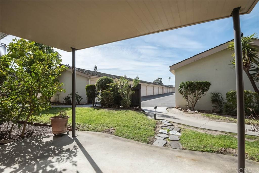 19. Residential for Sale at Maple Avenue Torrance, California 90505 United States