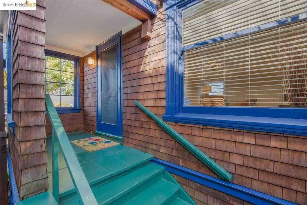 3. Residential for Sale at Valley Street Berkeley, California 94702 United States