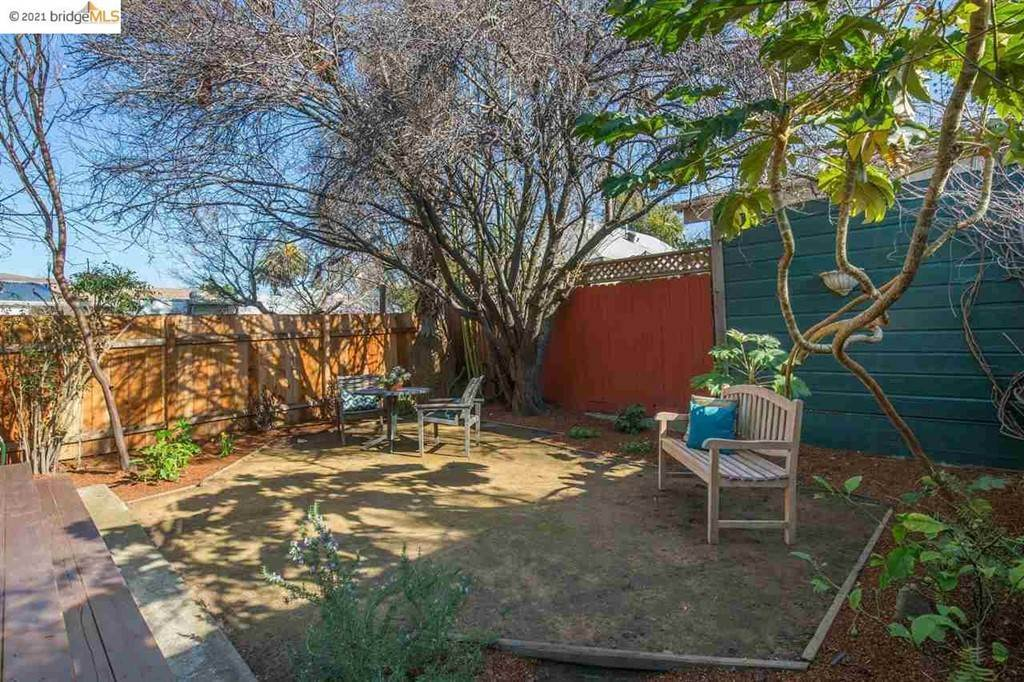 32. Residential for Sale at Valley Street Berkeley, California 94702 United States