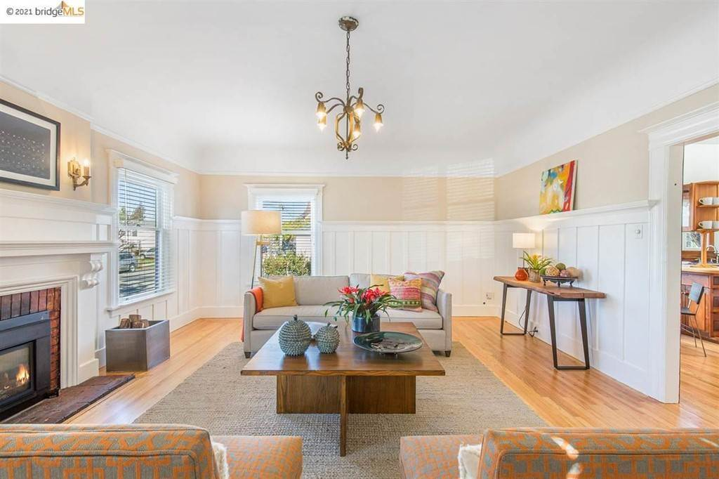 6. Residential for Sale at Valley Street Berkeley, California 94702 United States