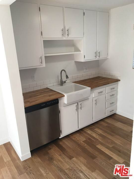Residential Lease at N Hayworth Avenue Los Angeles, California 90048 United States