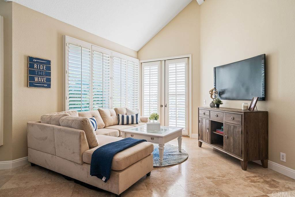 24. Residential for Sale at Lantern Bay Drive Dana Point, California 92629 United States