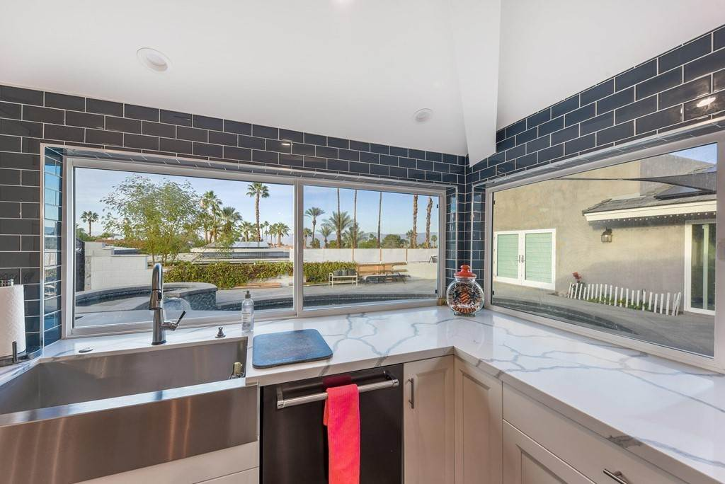 16. Residential for Sale at Bel Air Road Palm Desert, California 92260 United States