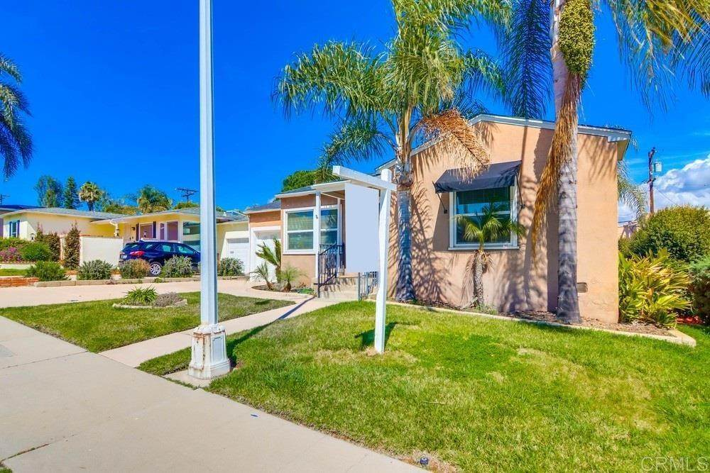 Residential for Sale at MEADOW GROVE San Diego, California 92110 United States