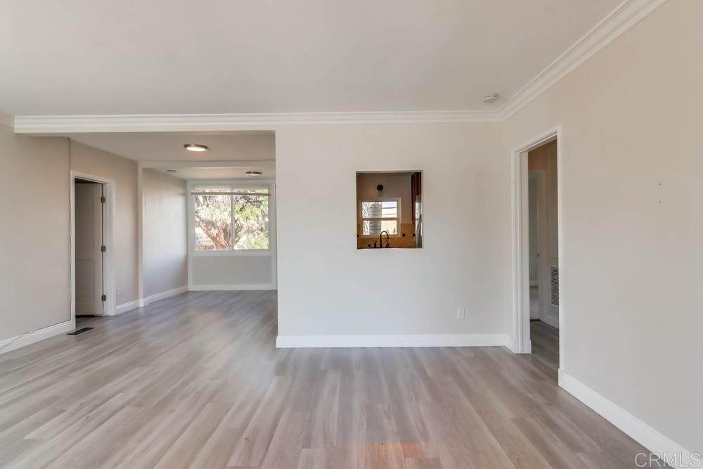 3. Residential for Sale at MEADOW GROVE San Diego, California 92110 United States