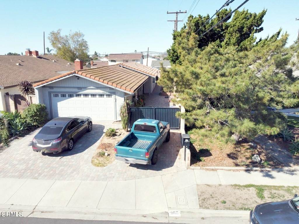 2. Residential for Sale at Mobil Avenue Camarillo, California 93010 United States