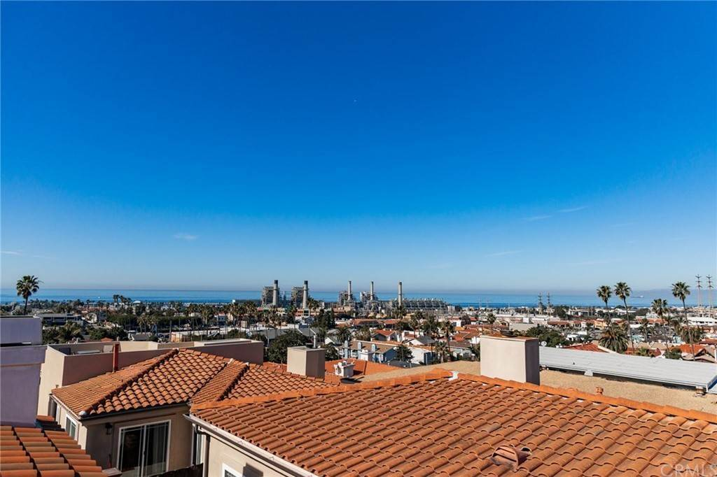Residential for Sale at N Juanita Avenue Redondo Beach, California 90277 United States