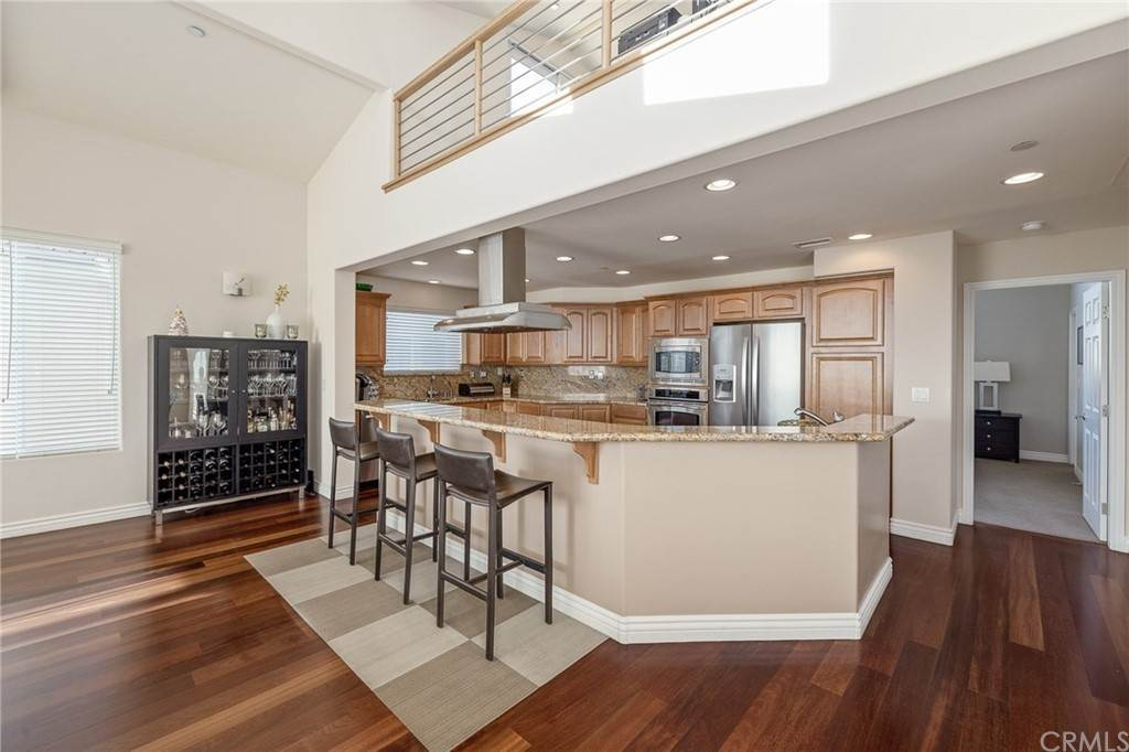 29. Residential for Sale at N Juanita Avenue Redondo Beach, California 90277 United States